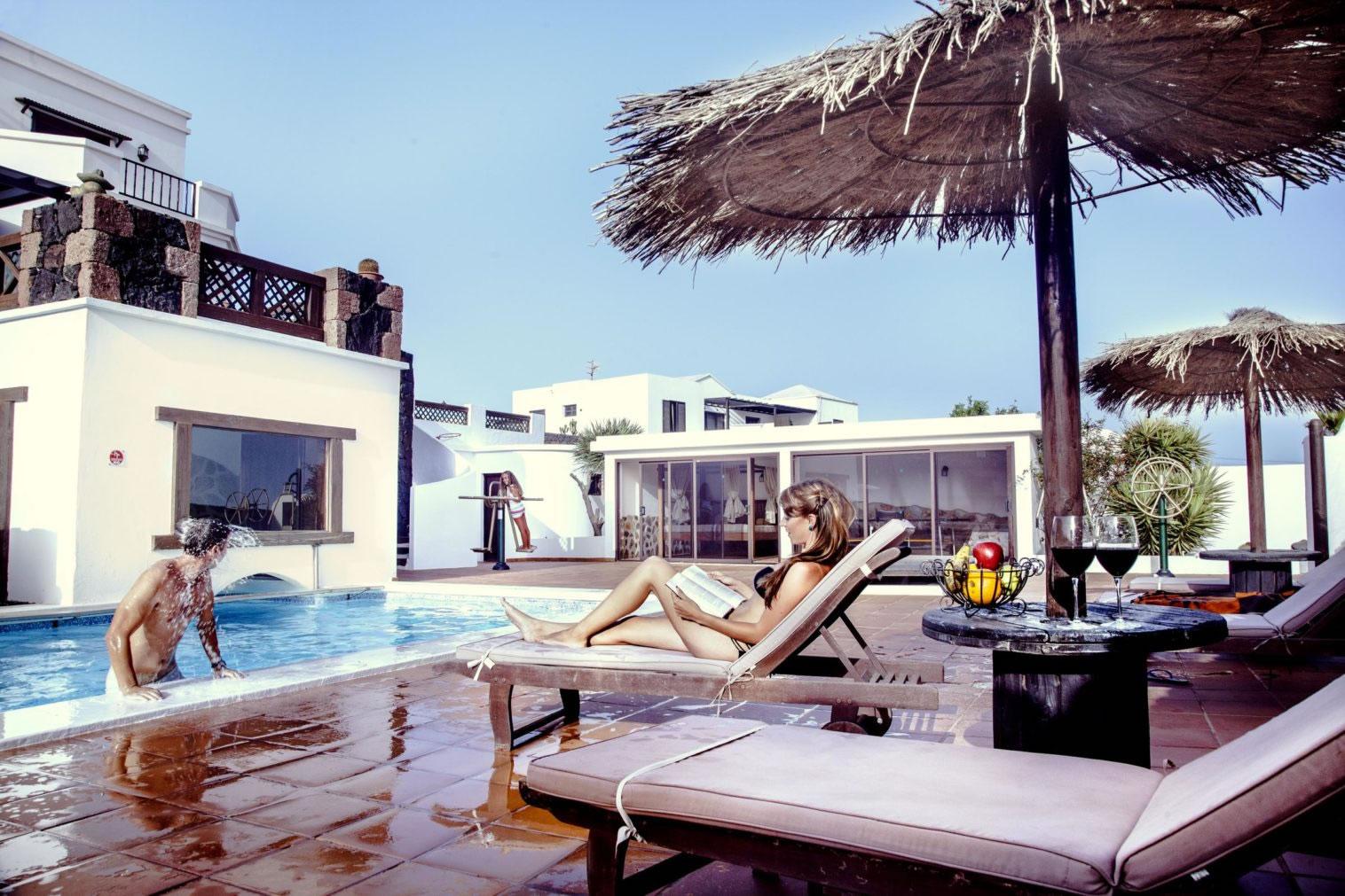 Luxury villas & apartments on Lanzarote - Vacaciones en ...