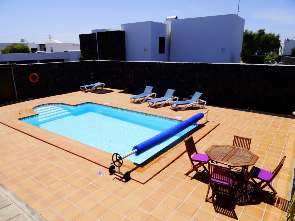 Poolbereich von Villa Conchy in Macher